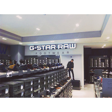 G-Star Raw store la roca village construction management